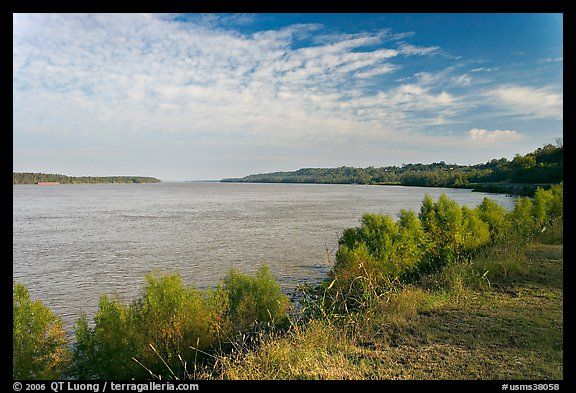 Mississippi River. Natchez, Mississippi, USA (color)