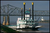 Paddle steamer and bridge. Natchez, Mississippi, USA