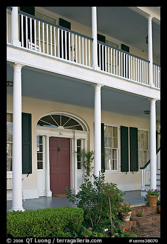 Facade of Griffith-McComas house. Natchez, Mississippi, USA (color)