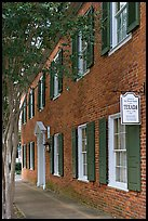 Texada, a red brick house built in 1792. Natchez, Mississippi, USA