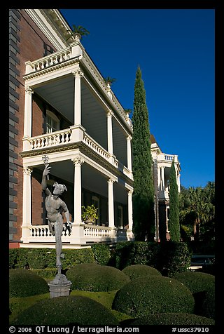 Gardens and Calhoon Mansion. Charleston, South Carolina, USA (color)
