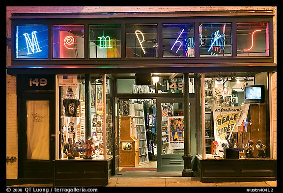 Memphis store on Beale Street by night. Memphis, Tennessee, USA