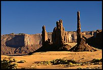 Yei bi Chei and Totem Pole, afternoon. Monument Valley Tribal Park, Navajo Nation, Arizona and Utah, USA