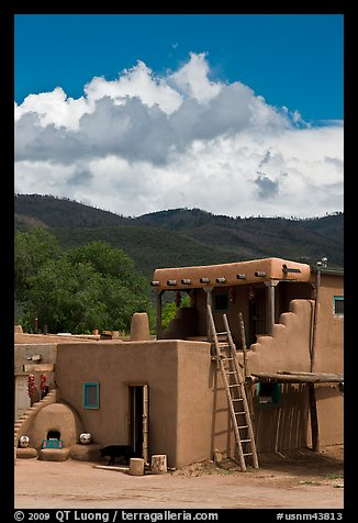 Pueblo house. Taos, New Mexico, USA