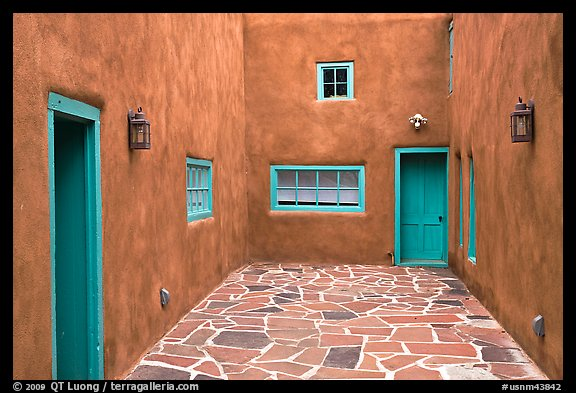 Courtyard and adobe walls. Taos, New Mexico, USA (color)