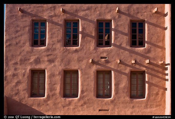 Detail of architecture in pueblo style, American Indian art museum. Santa Fe, New Mexico, USA (color)
