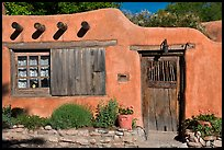 Adobe house. Santa Fe, New Mexico, USA (color)