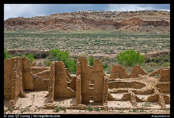 Kin Kletso. Chaco Culture National Historic Park, New Mexico, USA (color)