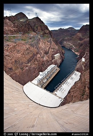 Power plant and Black Canyon seen from top of dam. Hoover Dam, Nevada and Arizona (color)