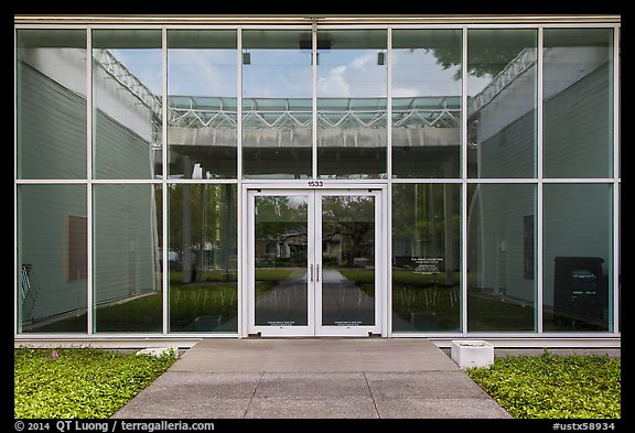 Menil Collection Entrance. Houston, Texas, USA (color)