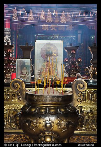 Urn and incense, Ha Chuong Hoi Quan Pagoda. Cholon, District 5, Ho Chi Minh City, Vietnam (color)
