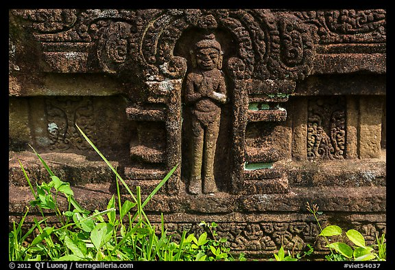 Relief detail with human figure. My Son, Vietnam (color)