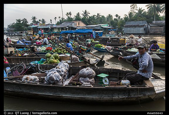 Phung Diem floating market. Can Tho, Vietnam (color)