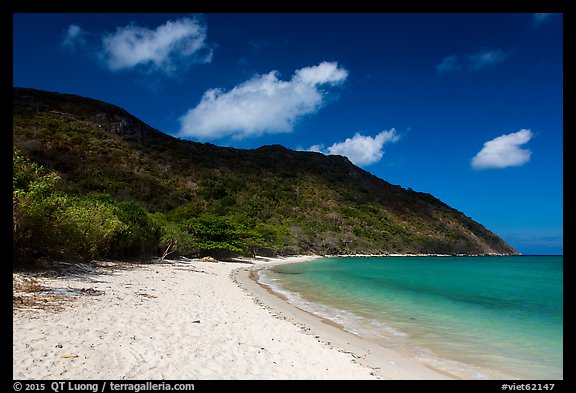 White sand on Cat Lon Beach, Bay Canh Island, Con Dao National Park. Con Dao Islands, Vietnam (color)