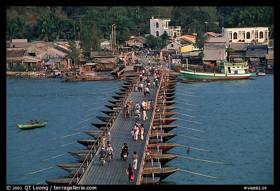 Flotting bridge. Ha Tien, Vietnam