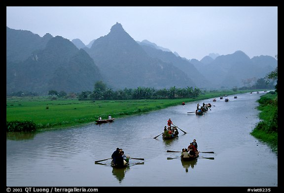 Journey along the river during the festival. Perfume Pagoda, Vietnam (color)
