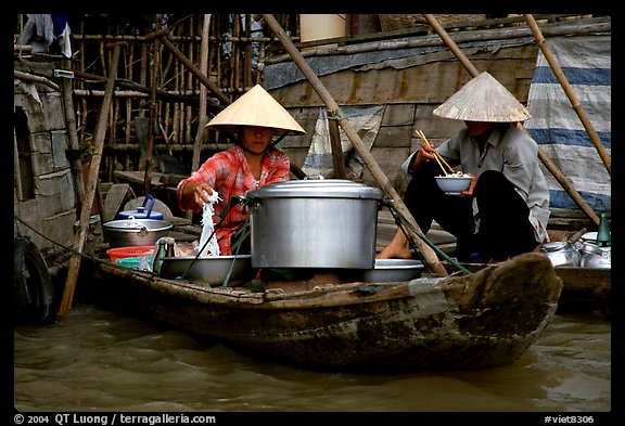 Boat-based food vendors. Can Tho, Vietnam (color)