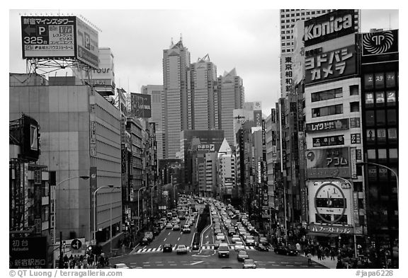 Black and white picture photo avenue in shinjuku tokyo japan