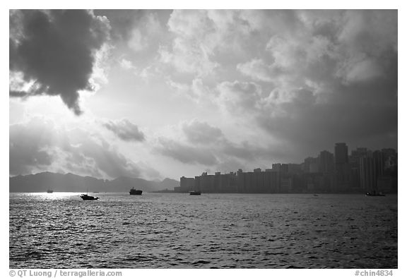Hong-Kong Island seen from the Promenade, early morning. Hong-Kong, China (black and white)