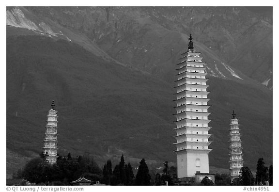 San Ta Si (Three pagodas) at sunrise, among the oldest standing structures in South West China. Dali, Yunnan, China (black and white)