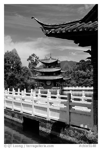 Pavillons in Black Dragon Pool Park. Lijiang, Yunnan, China (black and white)