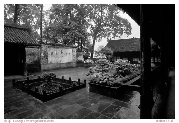 Courtyard of Hongchunping temple in the rain. Emei Shan, Sichuan, China (black and white)
