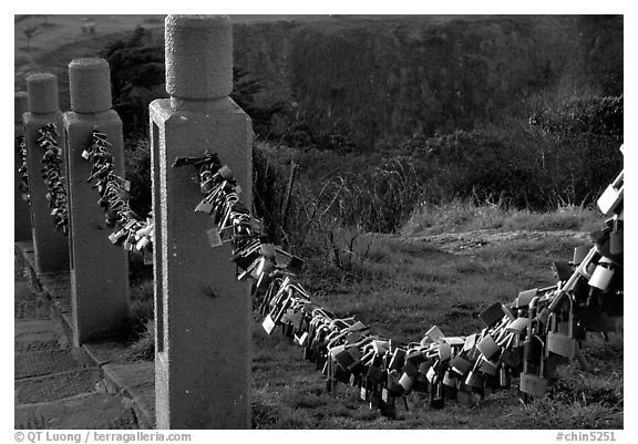 Chain locks added by pilgrims. Emei Shan, Sichuan, China (black and white)
