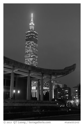 Sun Yat-sen Memorial Hall and Taipei 101 at dusk. Taipei, Taiwan (black and white)
