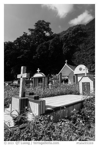 Cemetery and lush hills, Chongde. Taiwan (black and white)