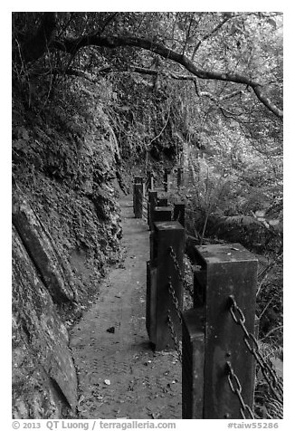 Cliffside trail, Taroko Gorge. Taroko National Park, Taiwan (black and white)
