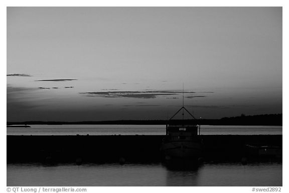 Sunset. Gotaland, Sweden (black and white)