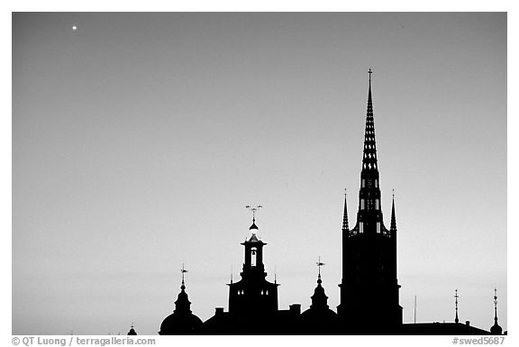 Riddarholmskyrkan at sunset. Stockholm, Sweden (black and white)