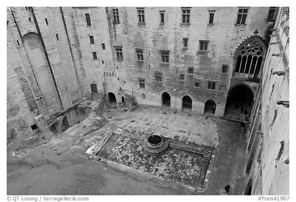 Courtyard of honnor from above, Papal Palace. Avignon, Provence, France (black and white)
