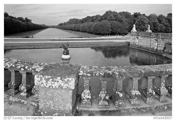 Basin and canal, Chateau de Fontainebleau park. France (black and white)