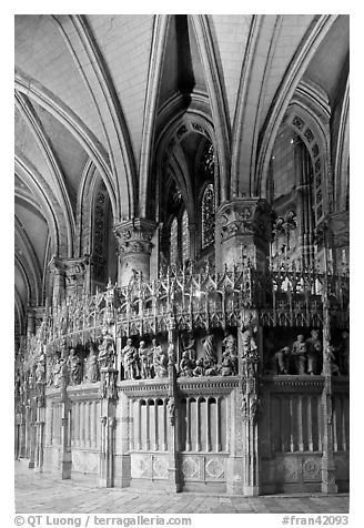 Sanctuary and vaults, Cathedral of Our Lady of Chartres,. France (black and white)