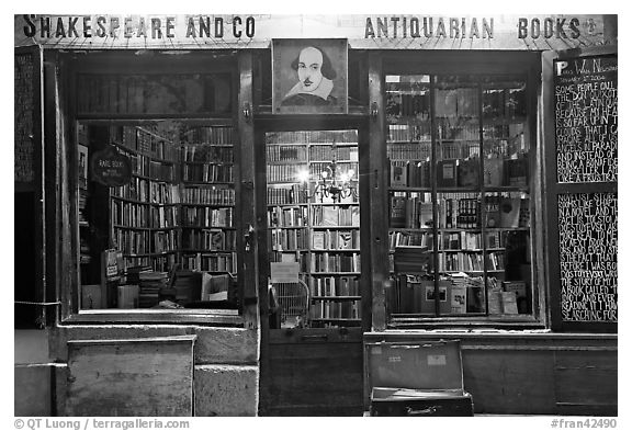 Shakespeare and Co bookstore at dusk. Quartier Latin, Paris, France (black and white)