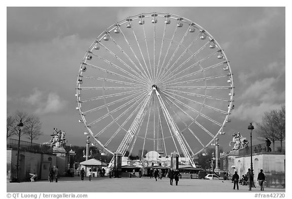 La grande roue from the Tuileries Garden. Paris, France (black and white)