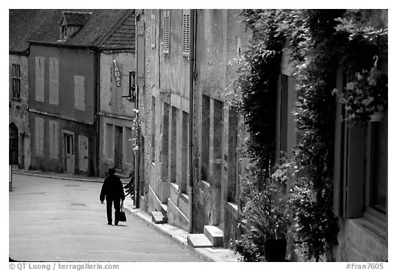 Main street of the Hill of Vezelay. Burgundy, France (black and white)