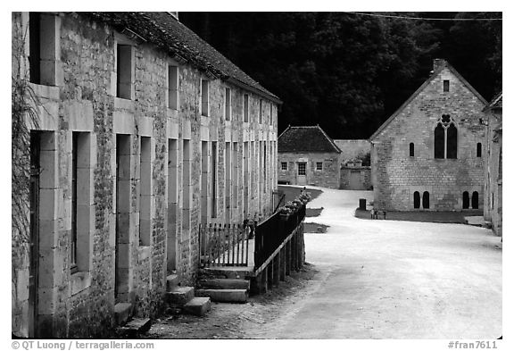 Abbaye de Fontenay, late afternoon (Fontenay Abbey). Burgundy, France (black and white)