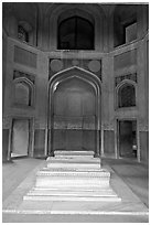 Tomb inside cenotaph, Humayun's tomb. New Delhi, India (black and white)