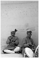 Musicians, Mehrangarh Fort. Jodhpur, Rajasthan, India (black and white)