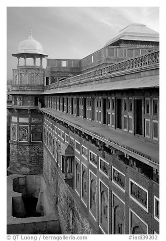 Outside walls of Jehangiri Mahal and Agra Fort. Agra, Uttar Pradesh, India (black and white)
