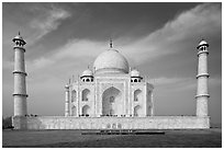 Mausoleum and decorative minarets, Taj Mahal. Agra, Uttar Pradesh, India (black and white)