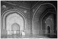 Side sanctuary of Taj Mahal masjid. Agra, Uttar Pradesh, India (black and white)