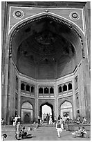 Buland Darwaza (Victory Gate), Dargah mosque. Fatehpur Sikri, Uttar Pradesh, India (black and white)