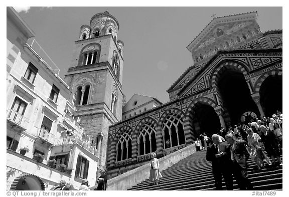 Flight of stairs and ornate Duomo Sant'Andrea, Amalfi. Amalfi Coast, Campania, Italy (black and white)