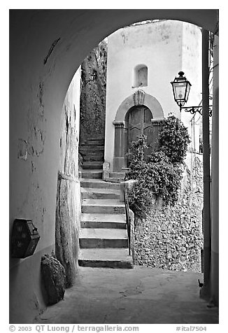 Arch and stairs, Positano. Amalfi Coast, Campania, Italy (black and white)