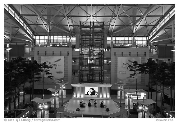 Classical music concert, Incheon international airport. South Korea (black and white)