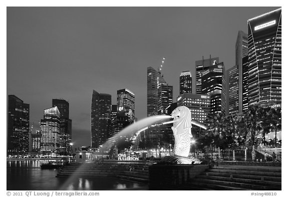 black and white picture  photo  merlion fountain and skyline at dusk  singapore