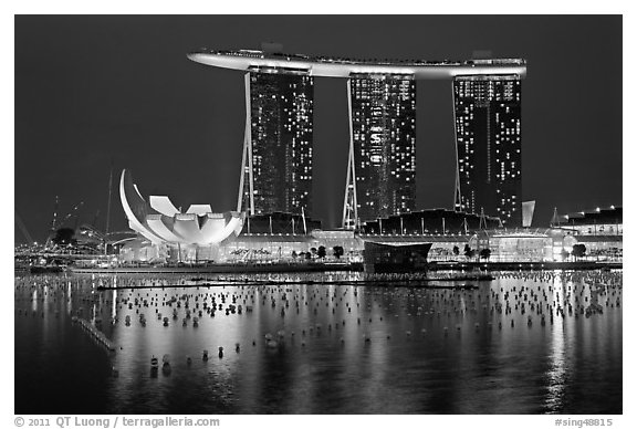 Black and white picture photo marina bay sands and harbor at night singapore